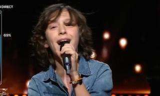 Rising Star: ce candidat de 13 ans crée la surprise et bat le record de votes avec sa magnifique reprise de