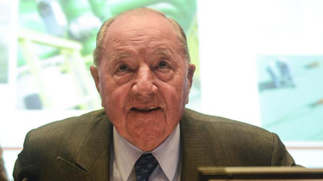 Le milliardaire Albert Frère part à la retraite