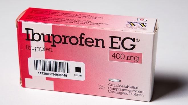 Ibuprofène: sa consommation à forte dose peut faire des dégâts