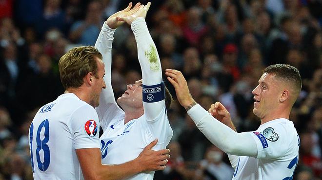Wayne Rooney efface le légendaire Bobby Charlton des tablettes