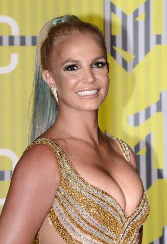 Britney Spears rempile pour deux ans à Las Vegas et veut devenir actrice (vidéo)