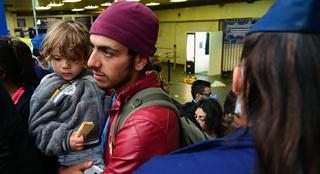 Des fonctionnaires ont passé deux jours en Allemagne pour inviter des migrants à venir en Belgique
