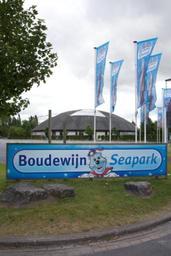 L'association Bite Back proteste à nouveau contre le delphinarium du Boudewijn Seapark