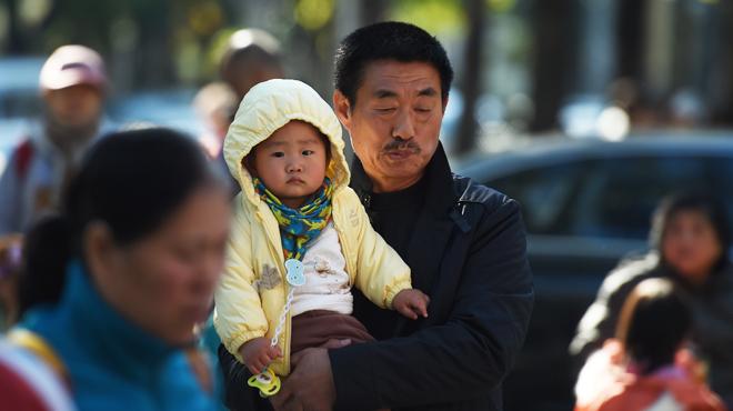 Les familles chinoises pourront avoir plusieurs enfants: une REVOLUTION pour la 2e économie du monde