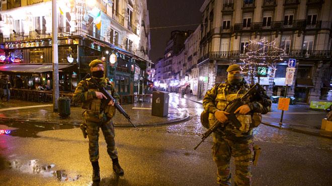 Bruxelles en alerte de niveau 4: voici le SMS qui a tout déclenché