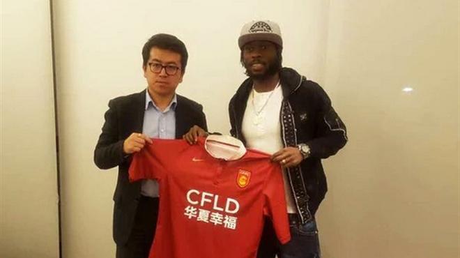 Nouvelle mode dans le football: les clubs chinois ont dépensé sans compter (et recruté des stars) lors de ce mercato d'hiver