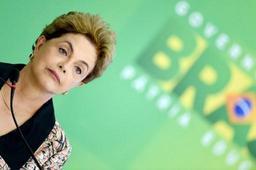 Brésil: trois ministres supplémentaires abandonnent le gouvernement de Dilma Rousseff