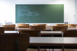 Pacte enseignement d'excellence: journées et vacances plus longues, pas de redoublement avant la 4e secondaire