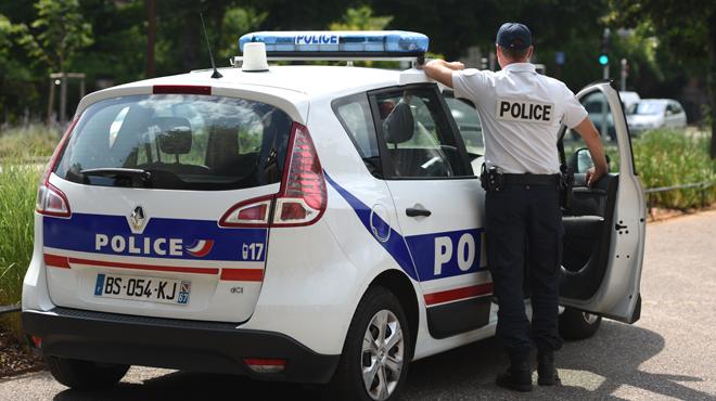 Les données personnelles de 112.000 policiers français se retrouvent sur Internet