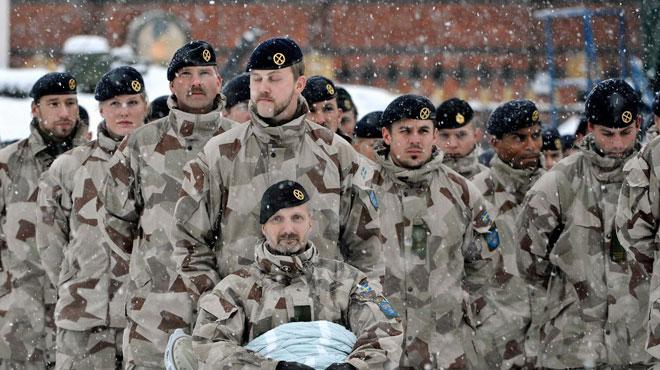 La Suède va rétablir le service militaire
