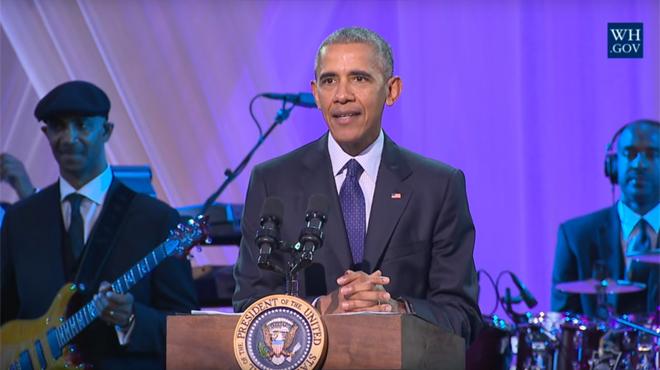 Barack Obama promet de ne pas twerker MAIS… il met le feu avec USHER et JANELLE MONÁE (vidéo)