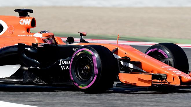 F1: Stoffel Vandoorne et McLaren-Honda s'améliorent lors des essais à Barcelone
