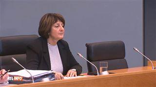 Surprise à la commission Publifin- la présidente déclare le huis-clos après avoir reçu un document très important
