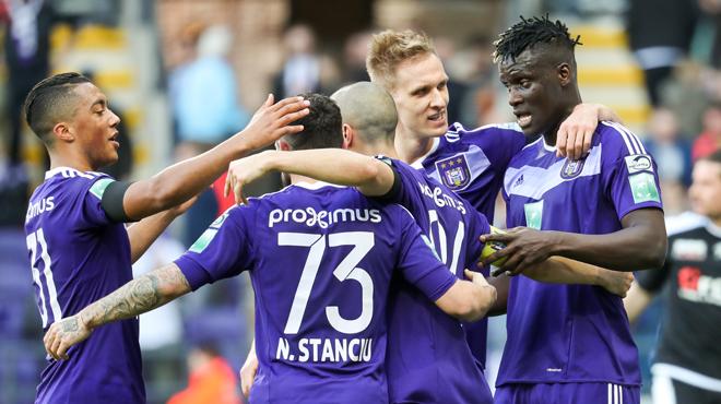 Anderlecht champion de la phase classique: une première depuis 2013
