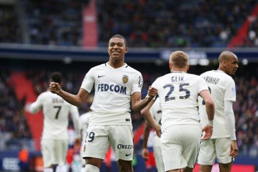 Ligue 1: Monaco et Mbappé toujours sur leur nuage, Saint-Etienne s'accroche