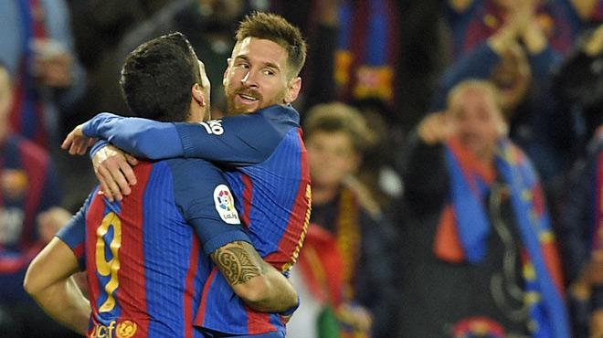 Nouveau doublé de Messi, qui atteint les 40 buts par saison pour le Barça pour la 8e année d'affilée... (vidéo)
