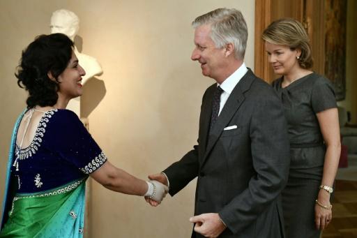 Une hôtesse indienne, symbole des attentats, de retour en Belgique