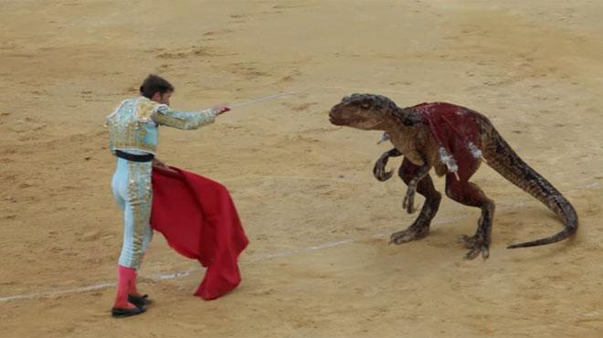 Un torero se bat contre un dinosaure, voici l'excellent message diffusé par ce spot publicitaire (vidéo)