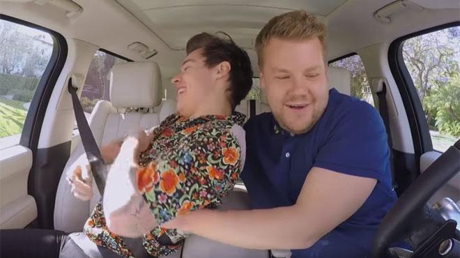 Harry Styles et James Corden rejouent la scène culte de Titanic dans le Carpool Karaoke (vidéo)
