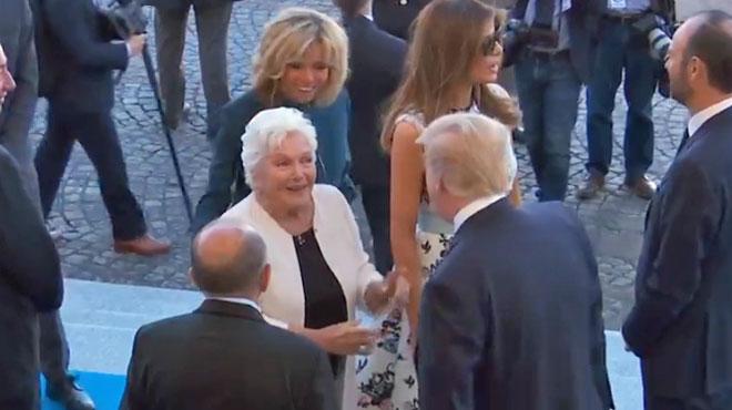 Donald Trump a croisé... Line Renaud pendant le défilé du 14 juillet: le moment immortalisé (vidéo)