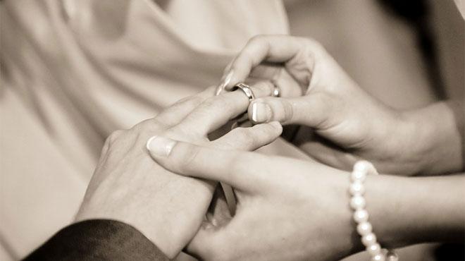 Le mariage d'Aurélie et Adrien gâché par un horrible vol durant leur soirée: