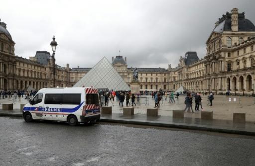 La préfecture de police de Paris muscle la sécurité des touristes