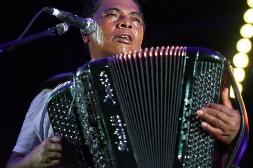 Décès de l'accordéoniste Régis Gizavo, grand nom de la musique malgache