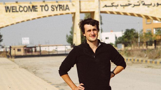 Loup Bureau, journaliste étudiant à l'IHECS détenu en Turquie, pourrait être transféré dans une prison plus reculée
