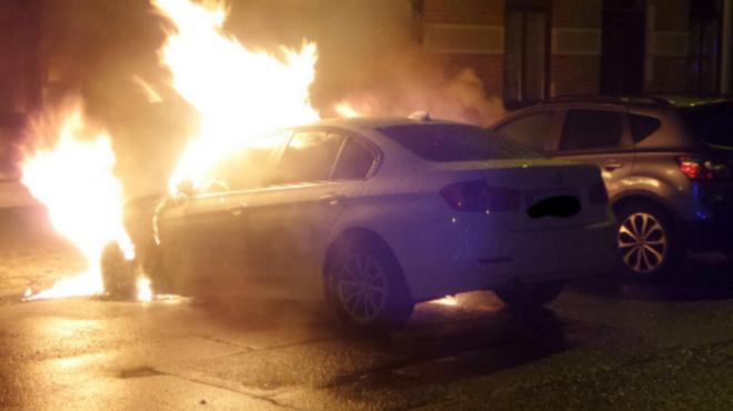 Deux véhicules incendiés à Monceau-sur-Sambre (photos)