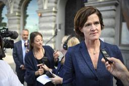 Contestée, la chef du parti conservateur suédois démissionne