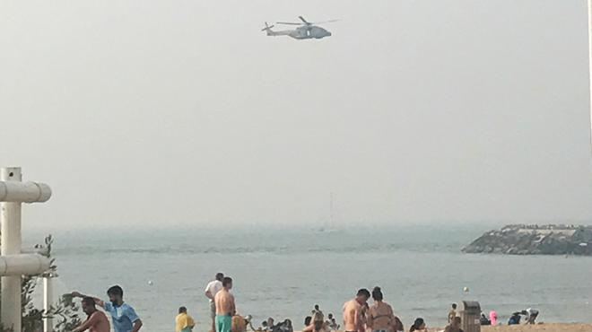 Hélicoptère, bateau et véhicules de secours: d'importants moyens déployés à Ostende pour retrouver une personne qui était.... au café