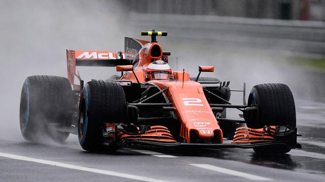 F1: Lewis Hamilton bat le record de pole de Schumacher, Stoffel Vandoorne dans le Top 10