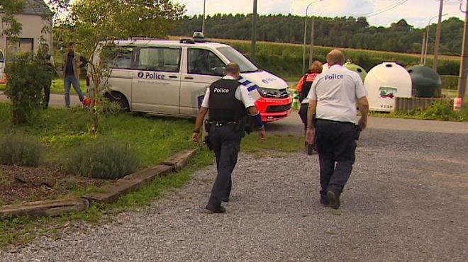 La dame renversée par un véhicule de police lors d'une course-poursuite à Sprimont s'en tire bien