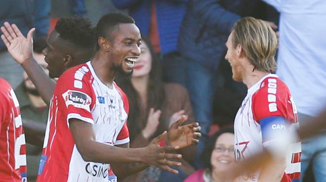Mouscron inflige une première défaite à Bruges grâce à Jonathan Bolingi