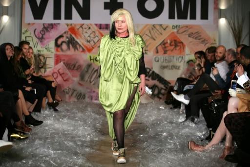 GB: la chanteuse de Blondie porte-drapeau de la mode