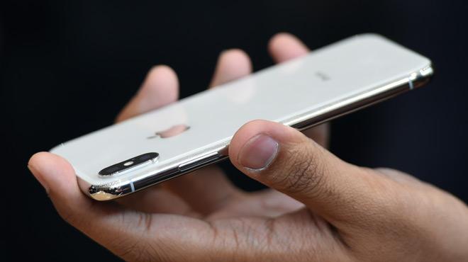 Apple fête les 10 ans de l'iPhone avec un modèle X à 1.159€