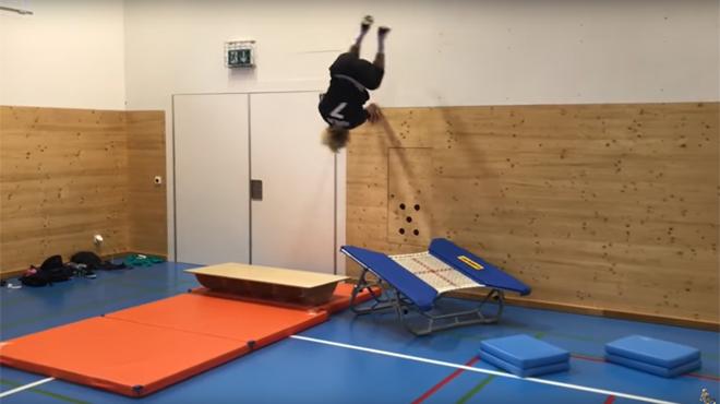 L'entraînement complètement FOU de ce skieur va vous impressionner (vidéo)