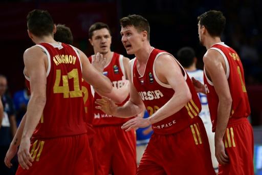 Basket: le réveil de Shved envoie la Russie dans le dernier carré de l'Euro