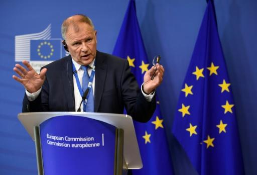 Perturbateurs endocriniens : le Parlement européen rejette la définition de la Commission