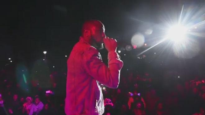 Un célèbre chanteur nigérian entendu par la police après la mort suspecte de trois de ses proches