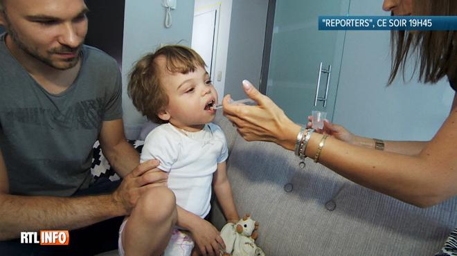 Atteinte d'une maladie rare, la petite Léa attend une greffe de rein depuis près de 3 ans: voici son histoire poignante