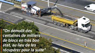 Axel scandalisé par un chantier d'élargissement de la E42- pourquoi détruire les blocs de béton de sécurité plutôt que de les réutiliser?