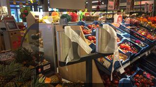 Les supermarchés en Belgique n'abandonnent PAS les sacs en plastique au rayon des fruits et légumes- voici leur stratégie 5