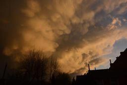 Un temps sec sous un ciel voilé
