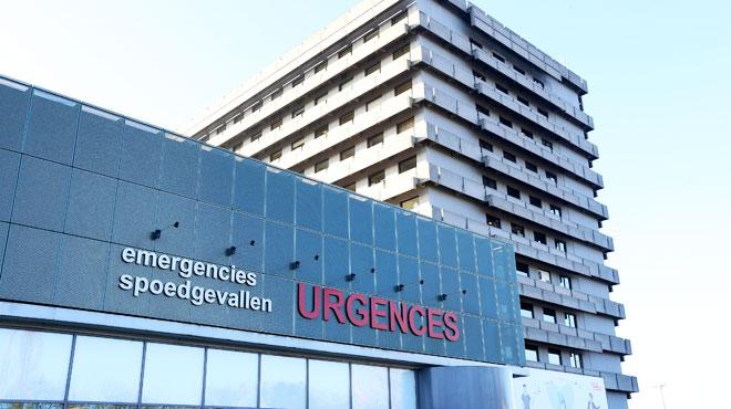 Une clinique, un centre médical et des médecins poursuivis pour le décès d'une adolescente: ils estimaient que ses douleurs étaient psychosomatiques