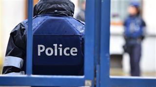 Trois chiens attaquent plusieurs personnes à Charleroi- l'un d'entre eux a été abattu, la propriétaire privée de liberté 4