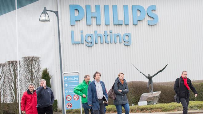 Nouvelle vague de licenciements chez Philips en Belgique: 2.400 travailleurs en 2007, bientôt plus que 500...
