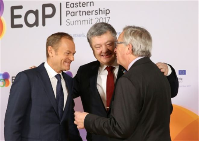 Ukraine- l'UE hausse le ton contre Moscou
