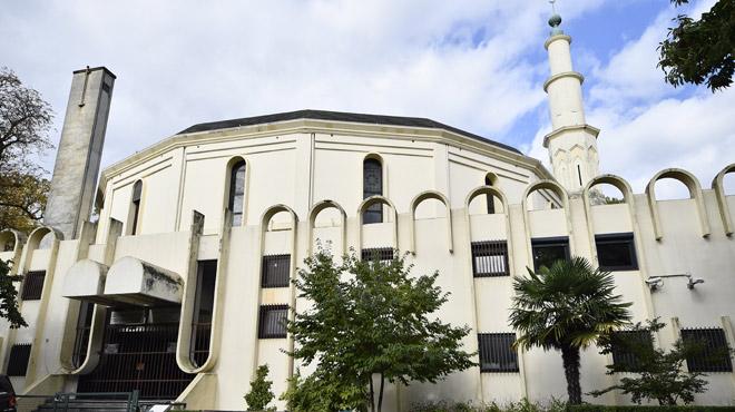 Theo Francken introduit un recours contre l'annulation du retrait du permis de séjour de l'imam de la grande mosquée de Bruxelles