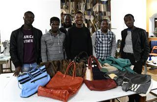 Bassirou, de l'enfer libyen aux sacs à mains en cuir en Italie